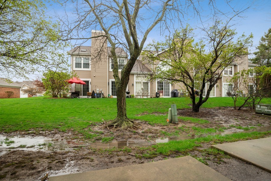Real Estate Photography - 546 W Happfield, Arlington Heights, IL, 60004 - View
