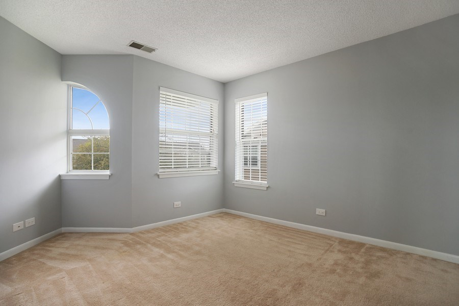 Real Estate Photography - 546 W Happfield, Arlington Heights, IL, 60004 - 2nd Bedroom
