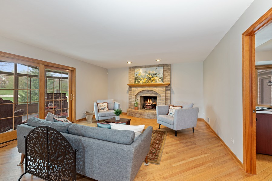 Real Estate Photography - 9121 Loch Glen, Lakewood, IL, 60014 - Family Room