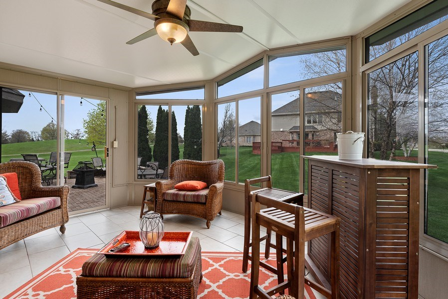 Real Estate Photography - 9121 Loch Glen, Lakewood, IL, 60014 - Sunroom