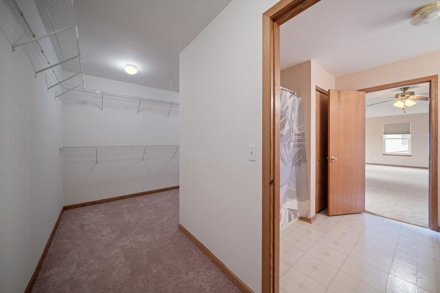 Real Estate Photography - 1951 Fescue, Aurora, IL, 60504 - Master Bedroom Closet