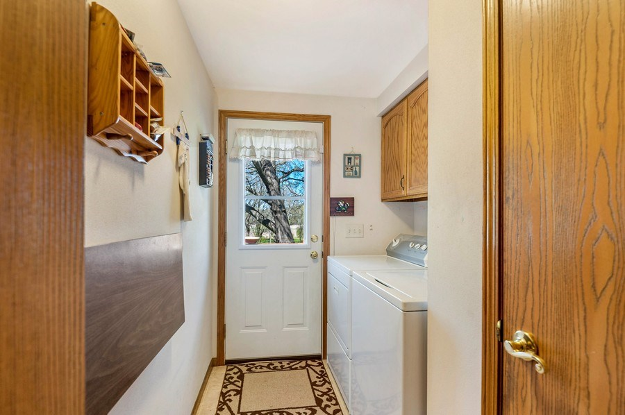 Real Estate Photography - 41038 N Deep Lake Rd, Antioch, IL, 60002 - Laundry Room