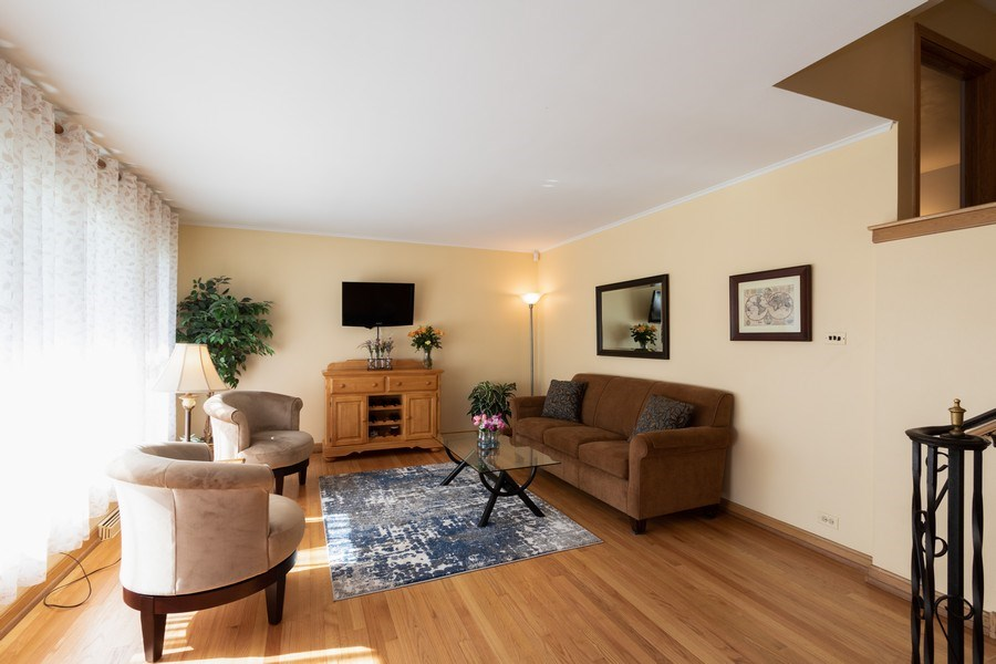 Real Estate Photography - 206 S. Forrest, Arlington Heights, IL, 60004 - Living Room