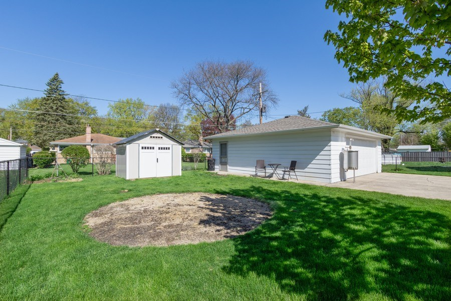 Real Estate Photography - 206 S. Forrest, Arlington Heights, IL, 60004 - Back Yard