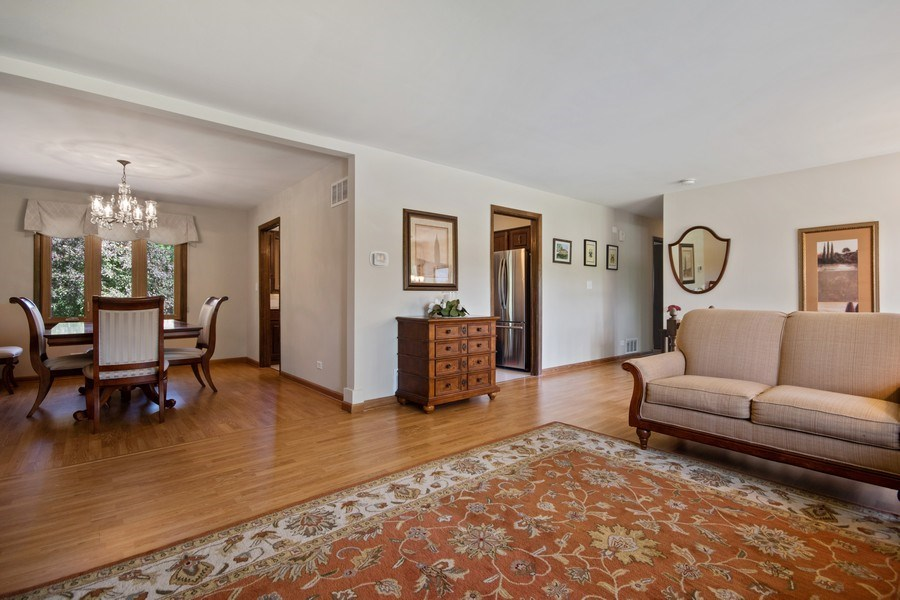 Real Estate Photography - 341 Martin Ln, Bloomingdale, IL, 60108 - Living Room / Dining Room