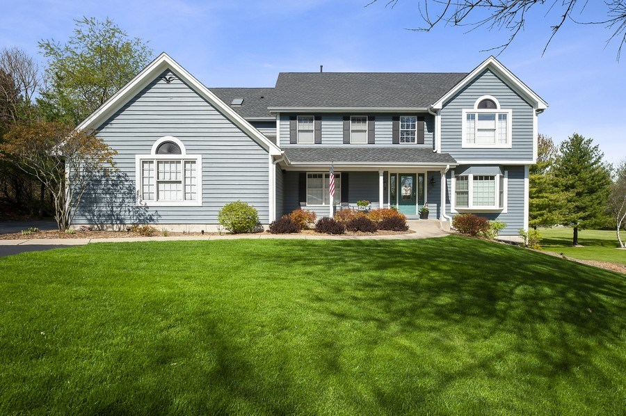 Real Estate Photography - 913 Silver Glen Rd, McHenry, IL, 60050 - Front View