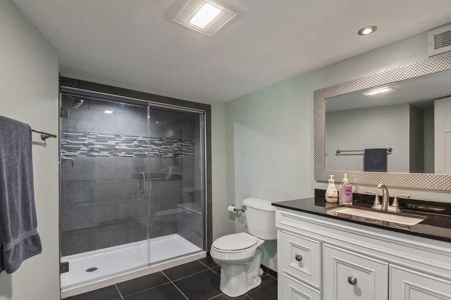 Real Estate Photography - 913 Silver Glen Rd, McHenry, IL, 60050 - 2nd Bathroom