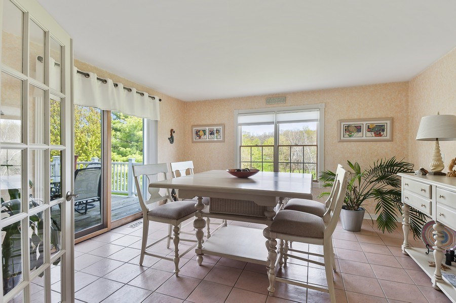 Real Estate Photography - 913 Silver Glen Rd, McHenry, IL, 60050 - Sun Room