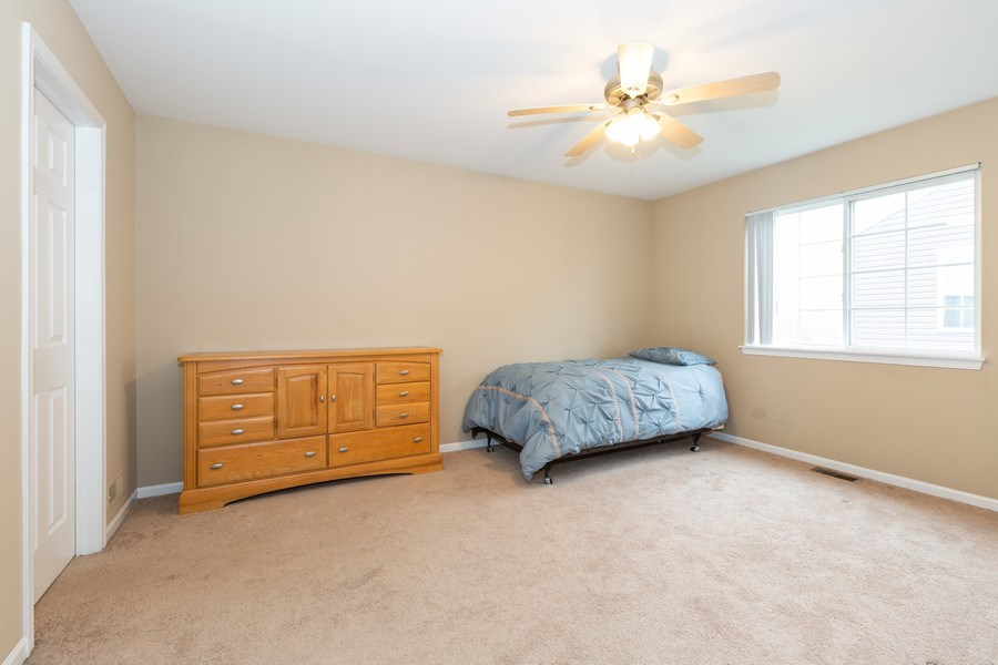 Real Estate Photography - 2610 Spinnaker Dr, Aurora, IL, 60503 - 3rd Bedroom