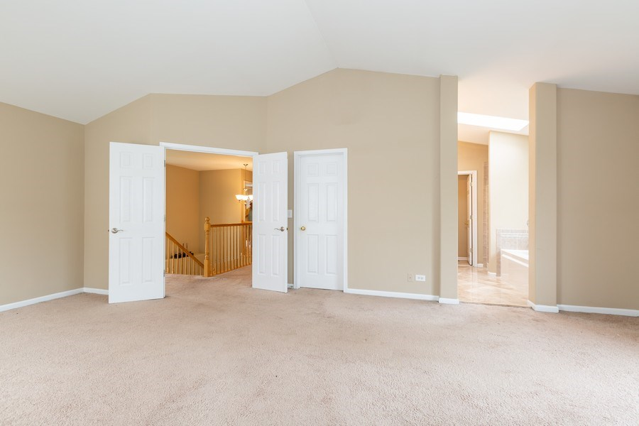 Real Estate Photography - 2610 Spinnaker Dr, Aurora, IL, 60503 - Master Bedroom