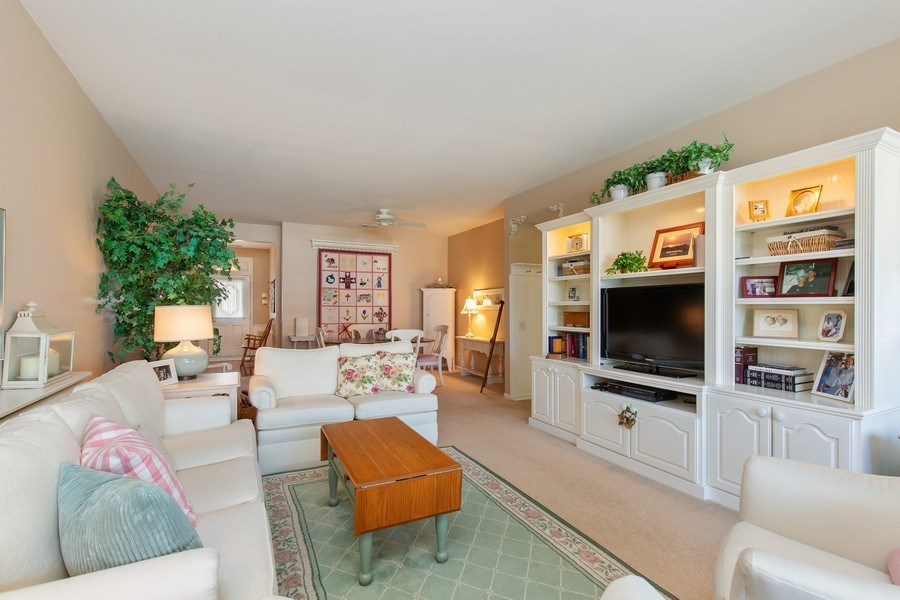 Real Estate Photography - 11890 Covey Lane, Huntley, IL, 60142 - Living Room