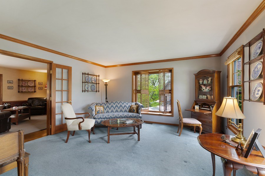 Real Estate Photography - 5 Liberty Court, Cary, IL, 60013 - Living Room