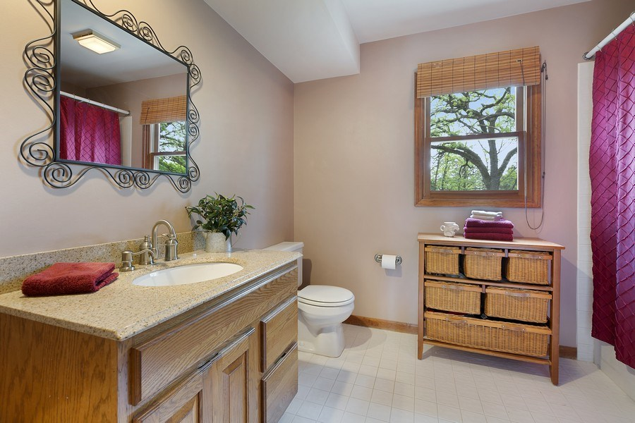 Real Estate Photography - 5 Liberty Court, Cary, IL, 60013 - 2nd Bathroom