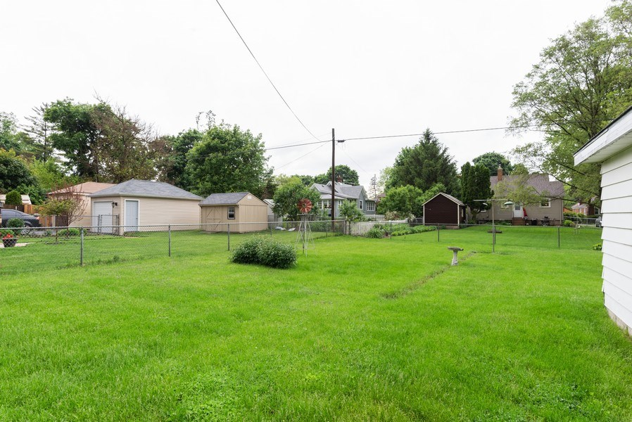 Real Estate Photography - 434 Morgan St, Elgin, IL, 60123 - Back Yard