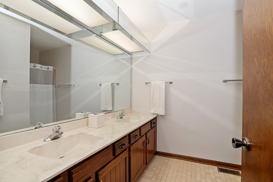 Real Estate Photography - 221 Country Club Drive, Prospect Heights, IL, 60070 - Second full bath