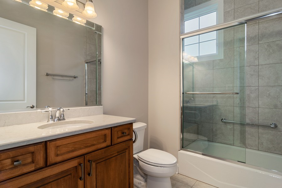 Real Estate Photography - 214 donmor dr, bloomingdale, IL, 60108 - Bathroom