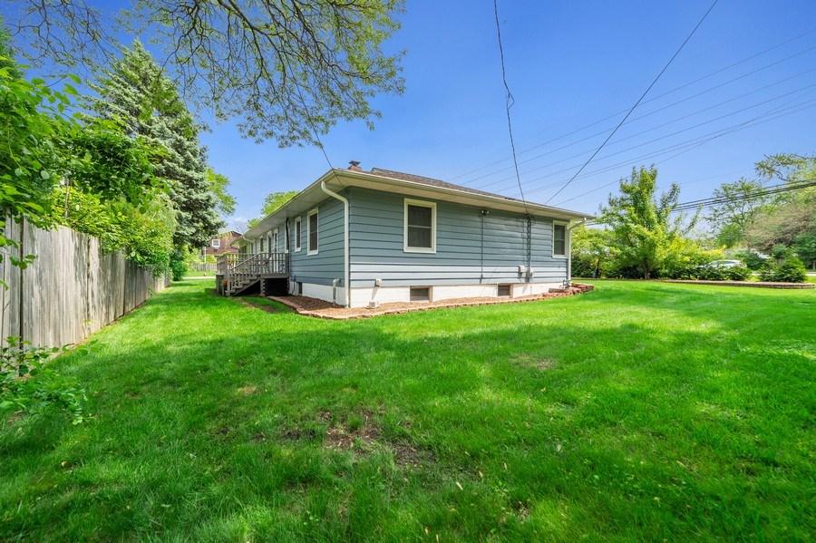 Real Estate Photography - 704 W Palatine Rd, Arlington Heights, IL, 60004 - Back Yard