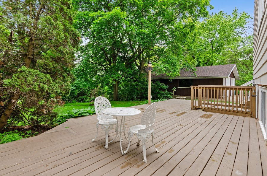 Real Estate Photography - 17N029 Sleepy Hollow Road, Dundee, IL, 60118 - Deck