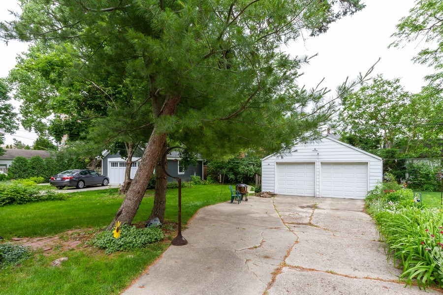 Real Estate Photography - 113 S Dunton Avenue, Arlington Heights, IL, 60051 - Garage