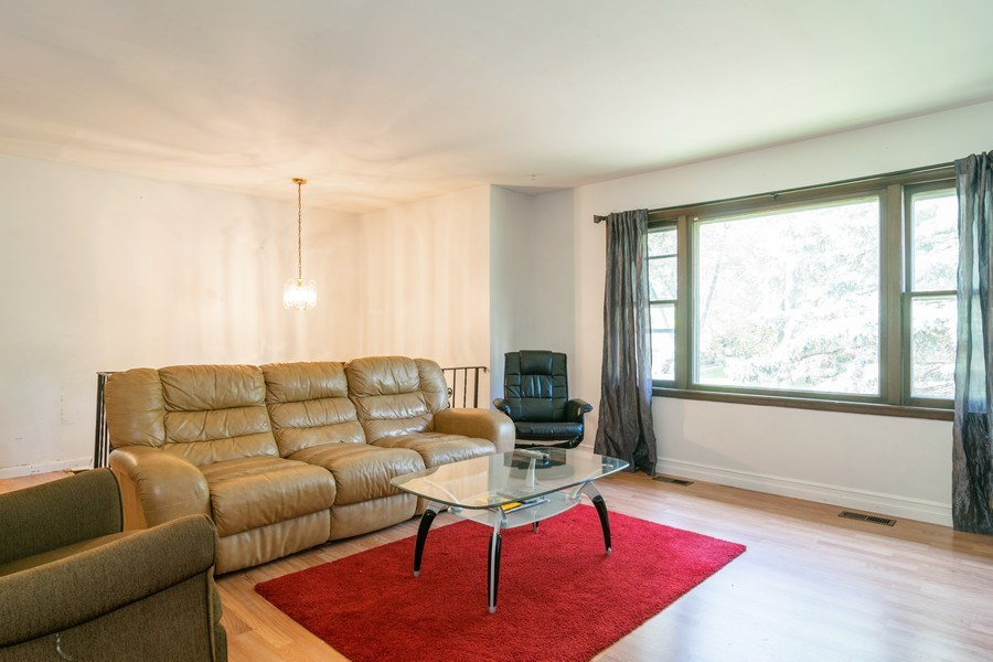Real Estate Photography - 2040 Arbor Vitae Drive, Hanover Park, IL, 60133 - Living Room