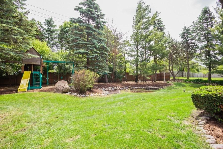 Real Estate Photography - 925 N. Franklin Avenue, Palatine, IL, 60067 - Back Yard