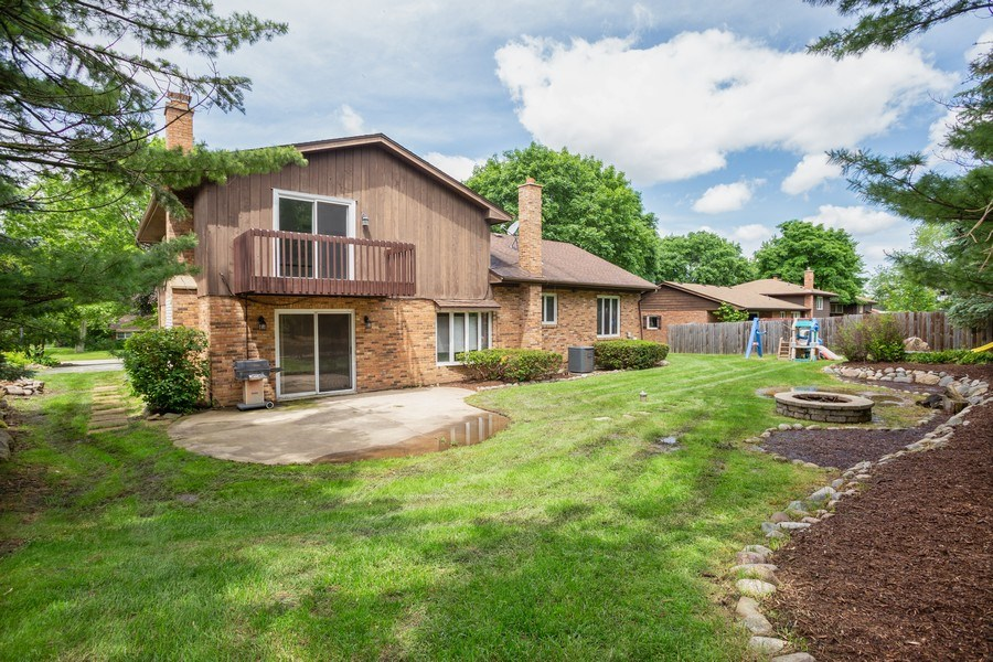 Real Estate Photography - 925 N. Franklin Avenue, Palatine, IL, 60067 - Rear View