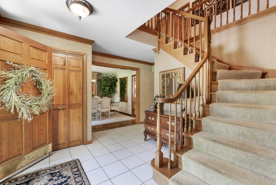 Real Estate Photography - 6705 Lexington Trail, Crystal Lake, IL, 60012 - Foyer