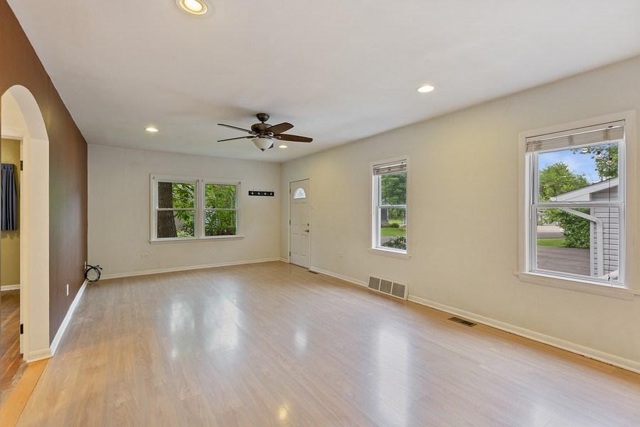 Real Estate Photography - 68 S. Circle Avenue, Port Barrington, IL, 60010 - Living Room