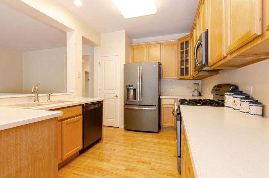 Real Estate Photography - 4201 Whitehall Lane, Algonquin, IL, 60102 - Kitchen