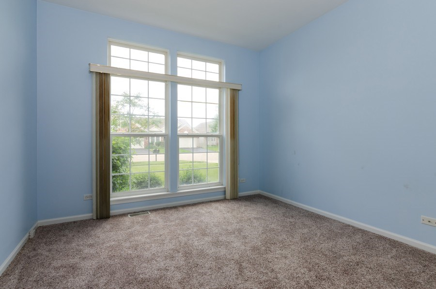 Real Estate Photography - 4201 Whitehall Lane, Algonquin, IL, 60102 - Office