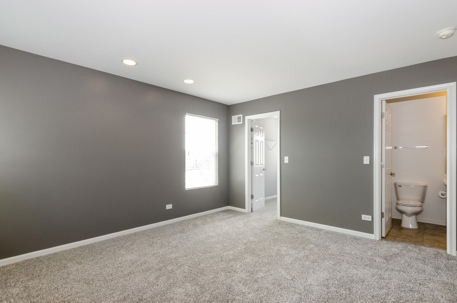 Real Estate Photography - 2610 Williamsburg Dr, Algonquin, IL, 60102 - 2nd Bedroom