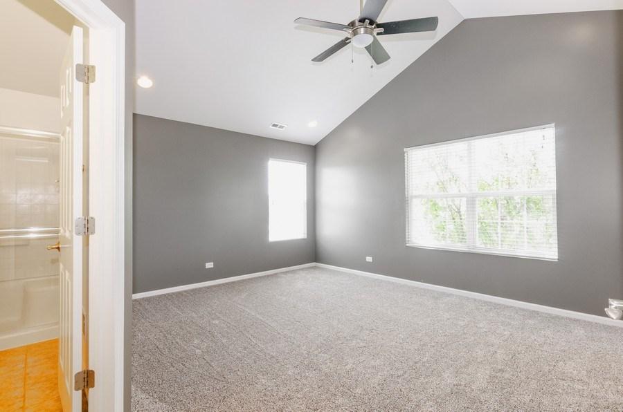Real Estate Photography - 2610 Williamsburg Dr, Algonquin, IL, 60102 - Master Bedroom