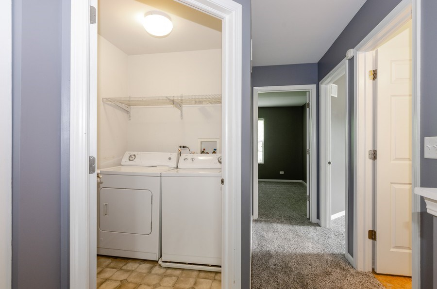 Real Estate Photography - 2610 Williamsburg Dr, Algonquin, IL, 60102 - Laundry Room