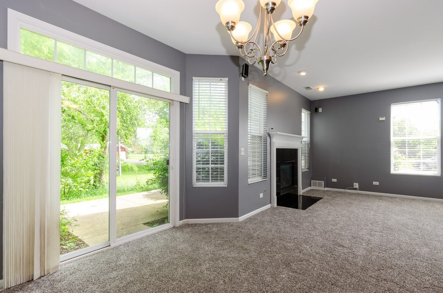 Real Estate Photography - 2610 Williamsburg Dr, Algonquin, IL, 60102 - Dining Room