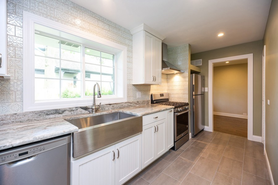 Real Estate Photography - 1501 Central Pkwy, Glenview, IL, 60025 - Kitchen