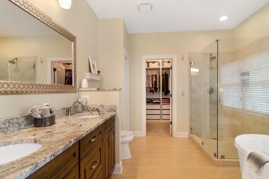 Real Estate Photography - 1001 Kingsmill Dr., Algonquin, IL, 60102 - Master Bathroom