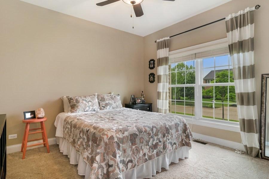 Real Estate Photography - 1001 Kingsmill Dr., Algonquin, IL, 60102 - Guest Bedroom