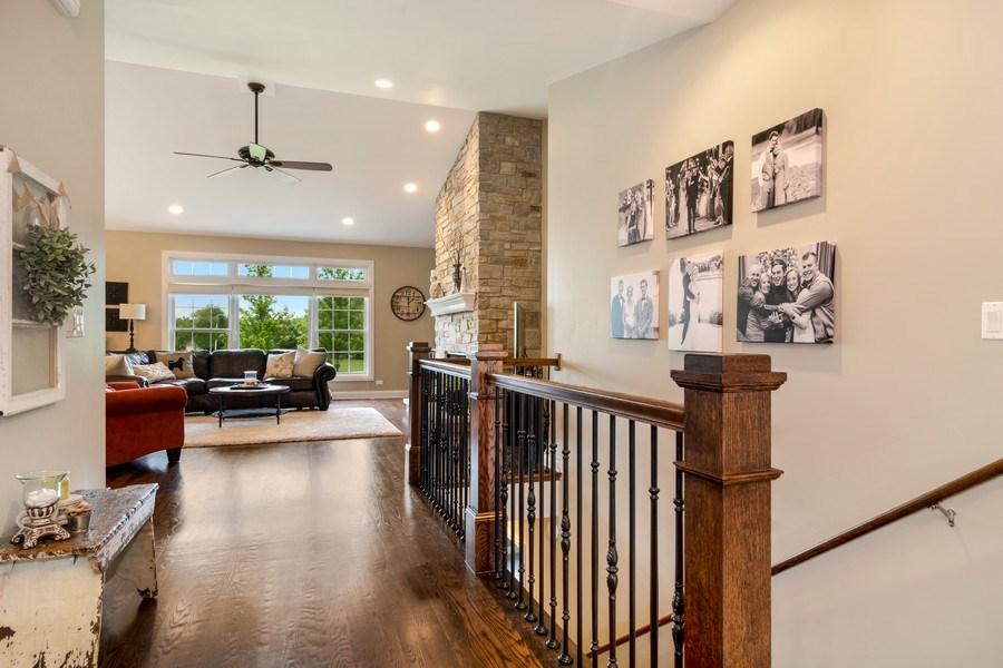 Real Estate Photography - 1001 Kingsmill Dr., Algonquin, IL, 60102 -