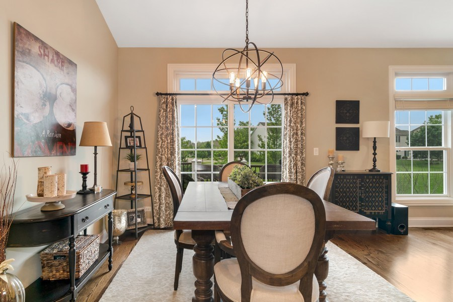 Real Estate Photography - 1001 Kingsmill Dr., Algonquin, IL, 60102 - Dining Room
