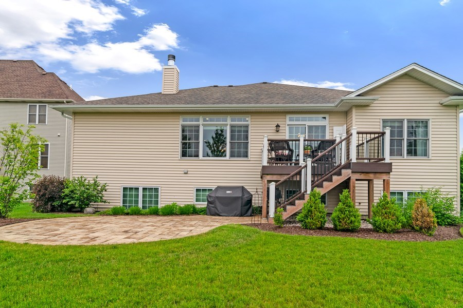 Real Estate Photography - 1001 Kingsmill Dr., Algonquin, IL, 60102 - Rear View