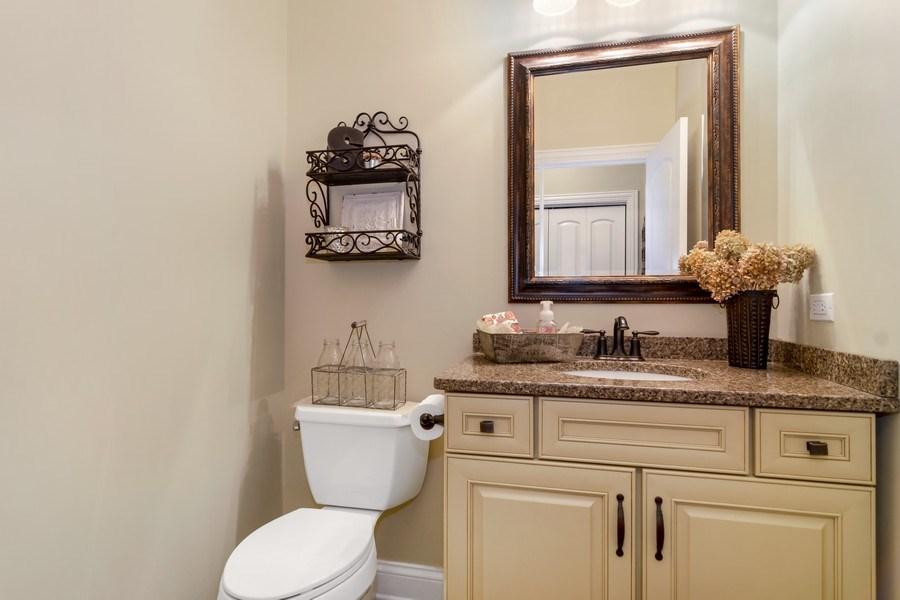 Real Estate Photography - 1001 Kingsmill Dr., Algonquin, IL, 60102 - Half Bath