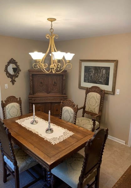 Real Estate Photography - 1266 Berkshire Lane, Barrington, IL, 60010 - Dining Room