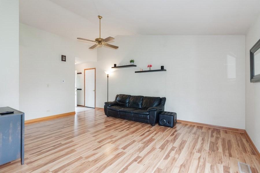 Real Estate Photography - 2766 Leyland Ln., Aurora, IL, 60504 - Living Room