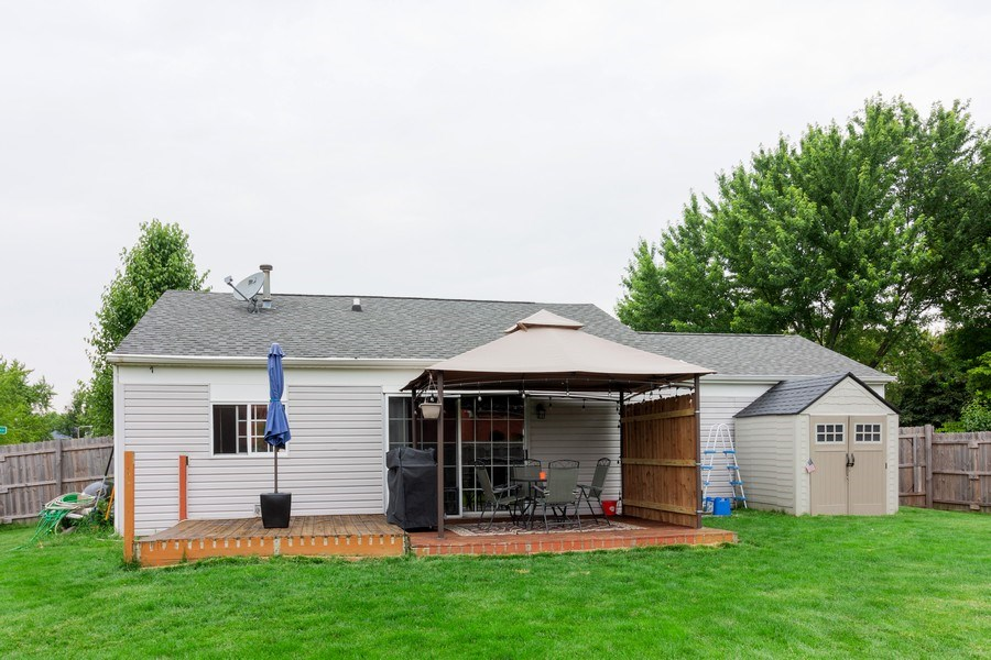 Real Estate Photography - 2766 Leyland Ln., Aurora, IL, 60504 - Rear View