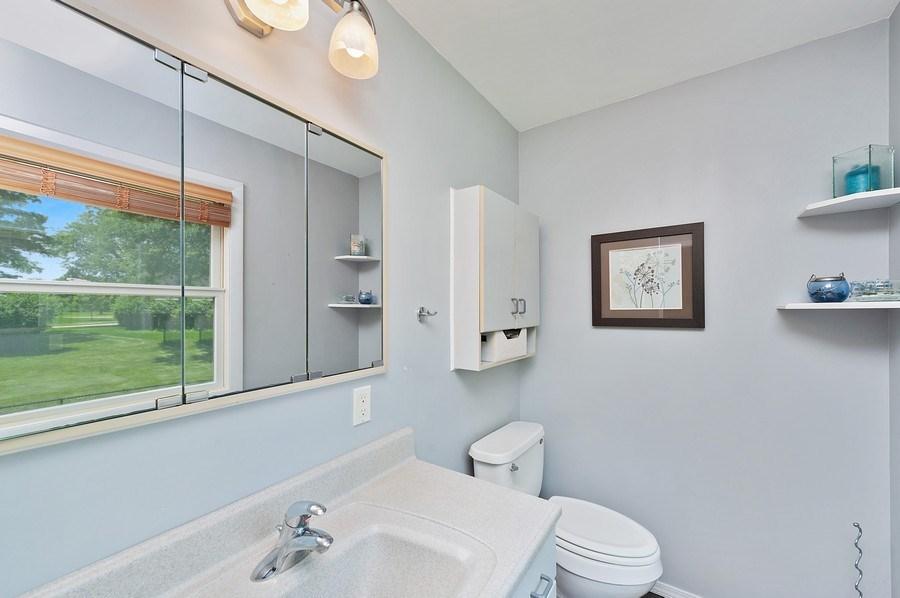 Real Estate Photography - 735 Concord, Algonquin, IL, 60102 - Master Bathroom