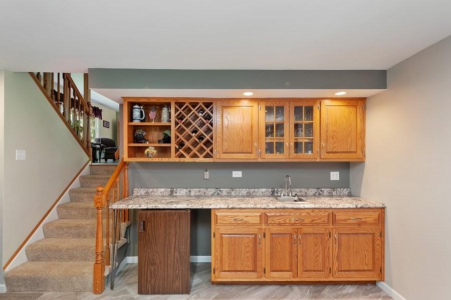Real Estate Photography - 735 Concord, Algonquin, IL, 60102 - Bar
