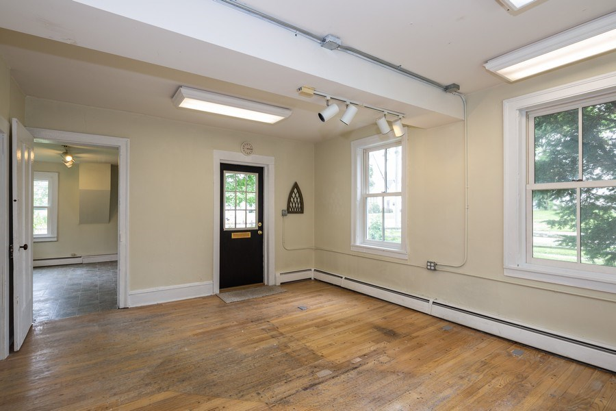 Real Estate Photography - 304 W. Calhoun, Woodstock, IL, 60098 - First Floor Office/Entry 11' x 9'