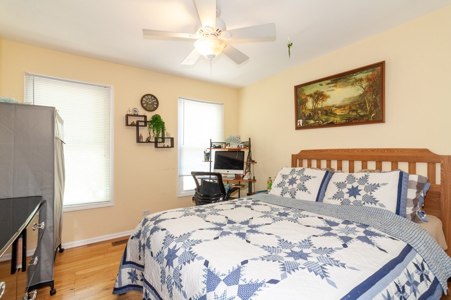 Real Estate Photography - 200 ARQUILLA LN, ALGONQUIN, IL, 60102 - 3rd Bedroom