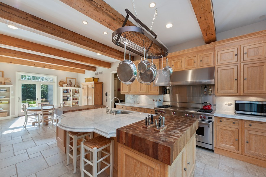 Real Estate Photography - 2605 Stacy Court, Woodstock, IL, 60098 - Kitchen