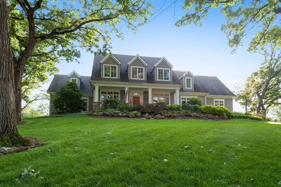 Real Estate Photography - 2605 Stacy Court, Woodstock, IL, 60098 - Front View